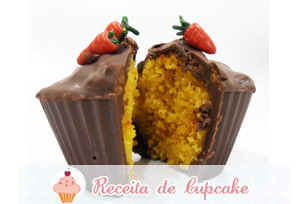 Cupcake de Cenoura com Chocolate